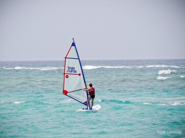 Aulas de Windsurf podem ser contratadas nos resorts