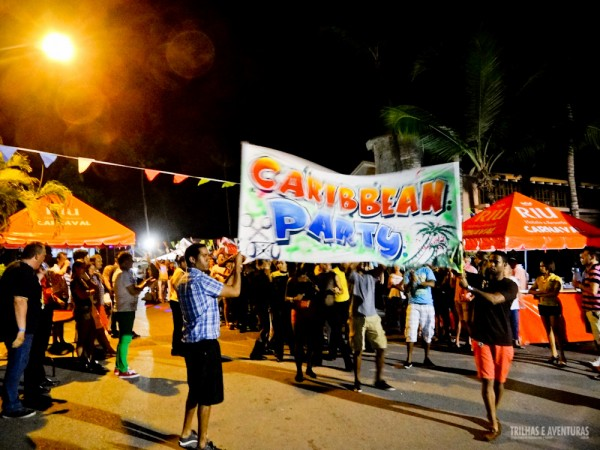 Caribean Parades agitam as noites nos Resorts em Punta Cana