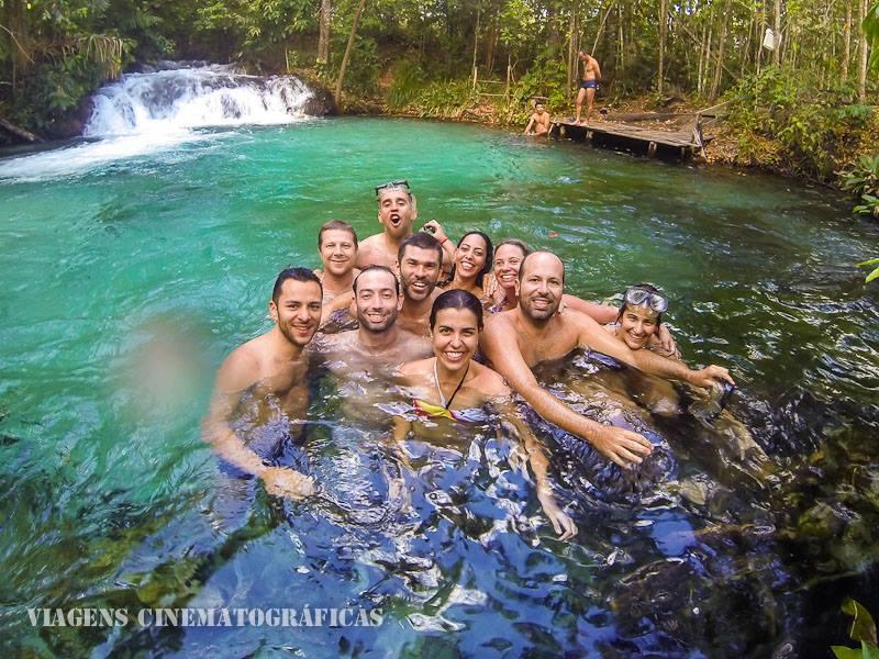 Adventure Bloggers se refrescando na Cachoeira da Formiga - Jalapão