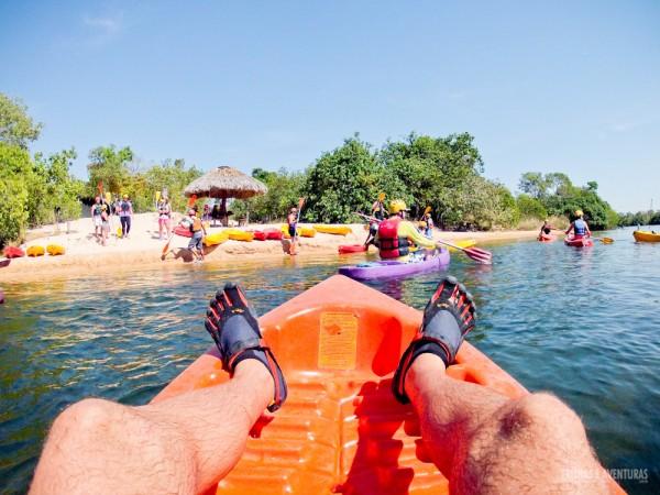 Usando a Five-Fingers na Canoagem pelo Rio Novo