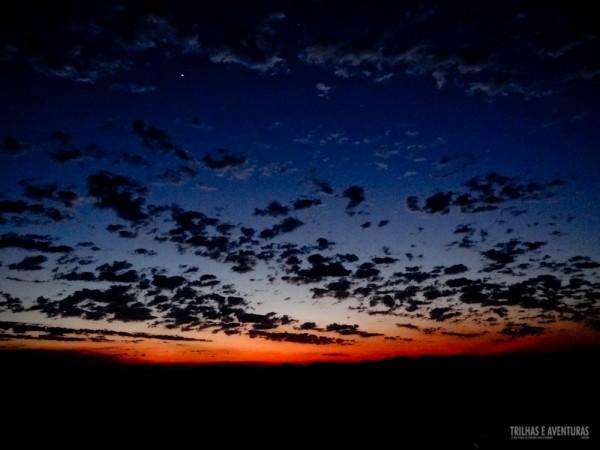 A primeira estrela nem esperou o sol ir embora e já apareceu no céu do Jalapão