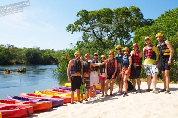 Adventure Bloggers prontos para descer o Rio Novo de caiaque