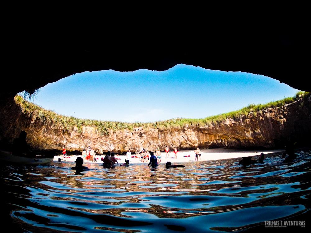 A famosa Playa Escondida nas Ilhas Marietas - México