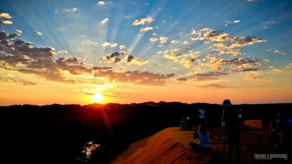 O Pôr-do-Sol nas Dunas Douradas do Jalapão é tudo isso e muito mais