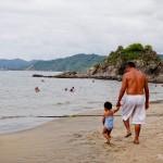 Acredito que seja uma boa praia para famílias com crianças