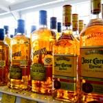 Tequilas, tequilas e mais tequilas. Jose Cuervo faz sucesso!