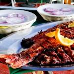 Peixe na brasa do Restaurante Mariscos Tinos, em Nuevo Vallarta - México