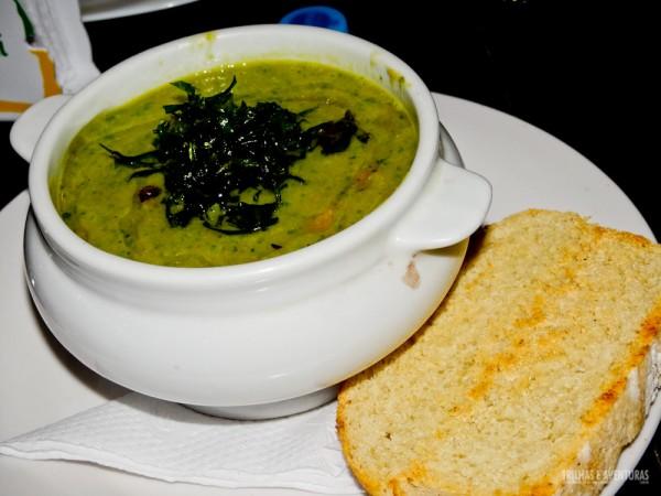Uma sopa de ervilhas sempre cai bem no friozinho