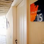 Os quartos da Pousada Maravista tem nomes das praias de Búzios