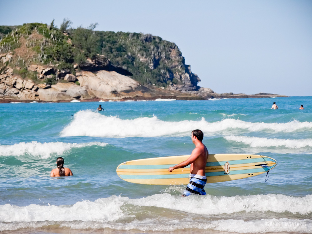 Uma das favoritas do surfistas, a Praia de Geribá tem boas ondas