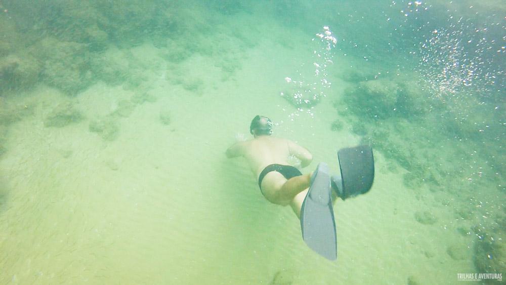 Mergulhando nas Piscinas Naturais de Taipu de Fora, BA