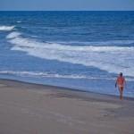 Tranquilidade na Praia de Nudismo de Massarandupió