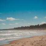 A Praia do Diogo é praticamente deserta
