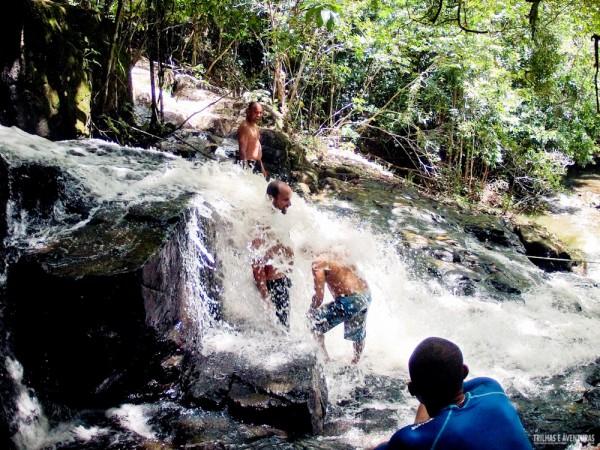 """""""Tubo"""" na Cachoeira do Cleandro"""
