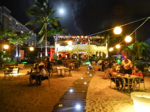 Restaurante Hadicurari Pier Aruba-5