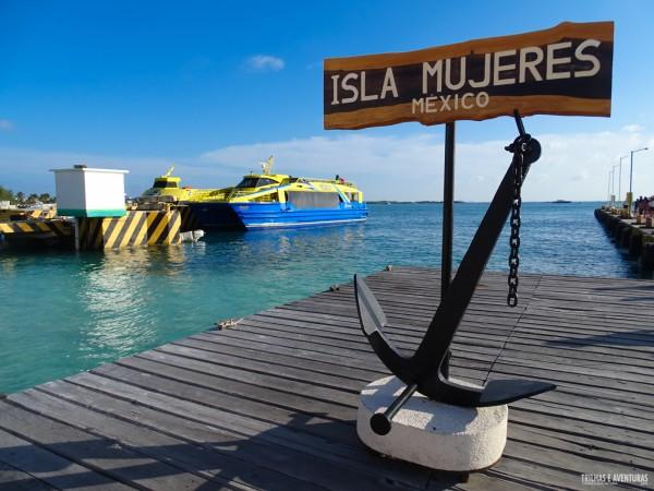 A clássica foto de Isla Mujeres com a âncora no porto