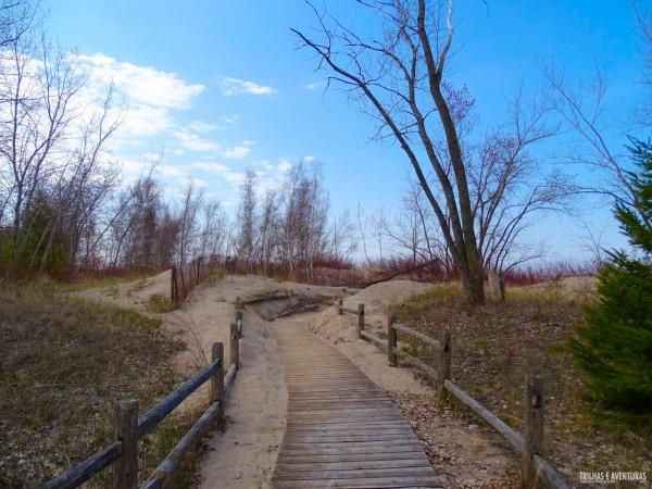 Entrada para Hanlan's Point, a praia de nudismo em Toronto Islands