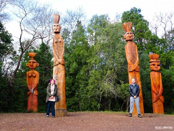 Totens Mapuche no Cierro Nielol