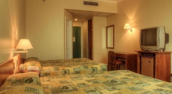 Diego De Almagro hotel perto do aeroporto de Santiago 02