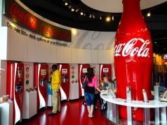 Área de degustações de TODOS os produtos feitos pela Coca-Cola
