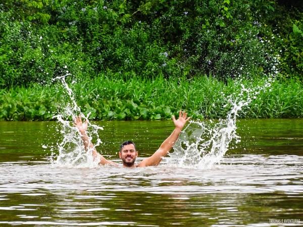 Flutuação no Rio Miranda, no Pantanal MS