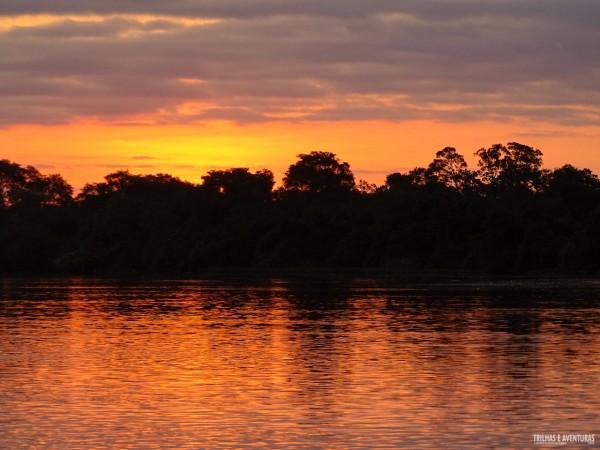 Mais um fim de tarde dourado no Pantanal