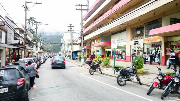Compras na Rua Tereza em Petrópolis