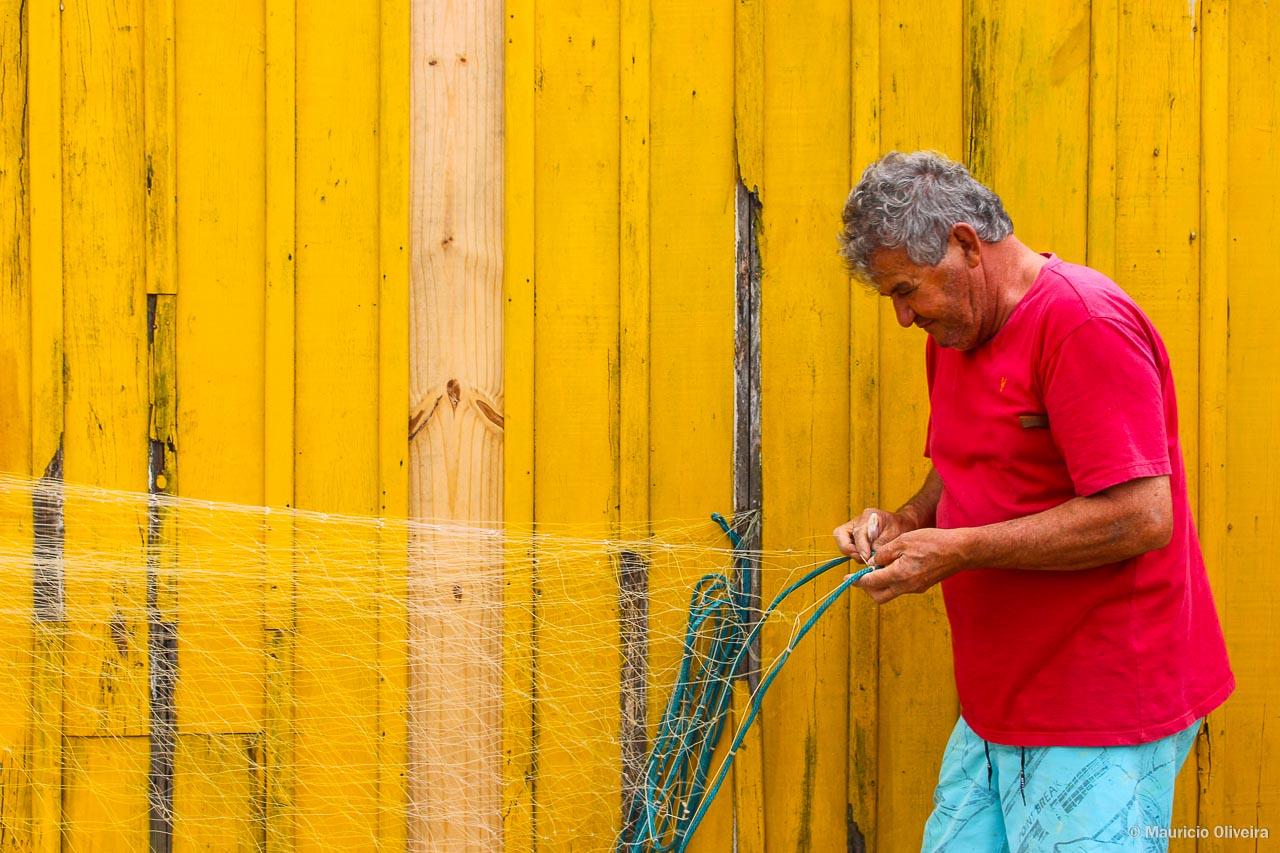 Confecção de redes de pesca artesanal em Garopaba - SC