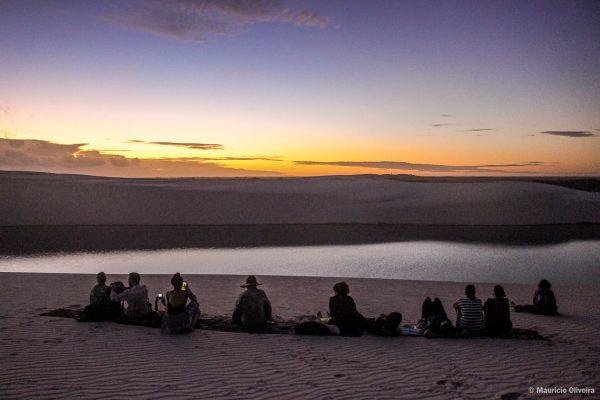 Aguardando o nascer do sol nos Lençóis Maranhenses