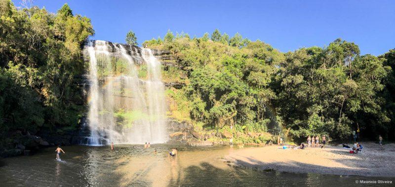 Tem até uma prainha na Cachoeira da Mariquinha