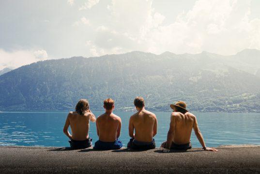 Viajando o mundo de graça com os amigos dos amigos