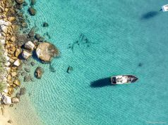 Praia dos Meros, em Ilha Grande - RJ