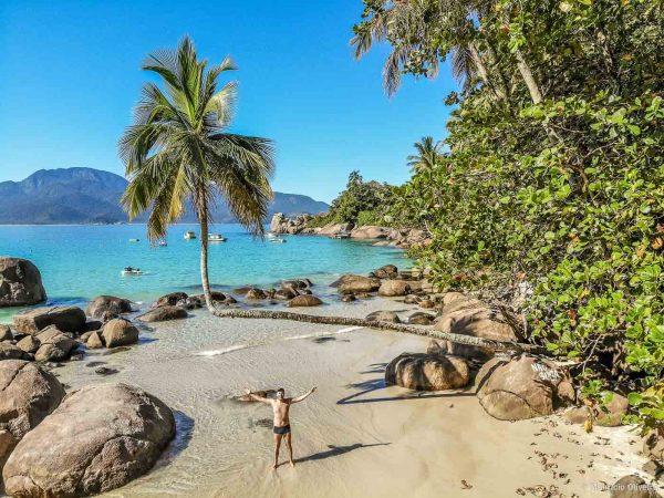 Praia do Aventureiro, em Ilha Grande - RJ