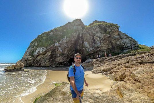 Gruta das Encantadas - Uma das atrações da Ilha do Mel
